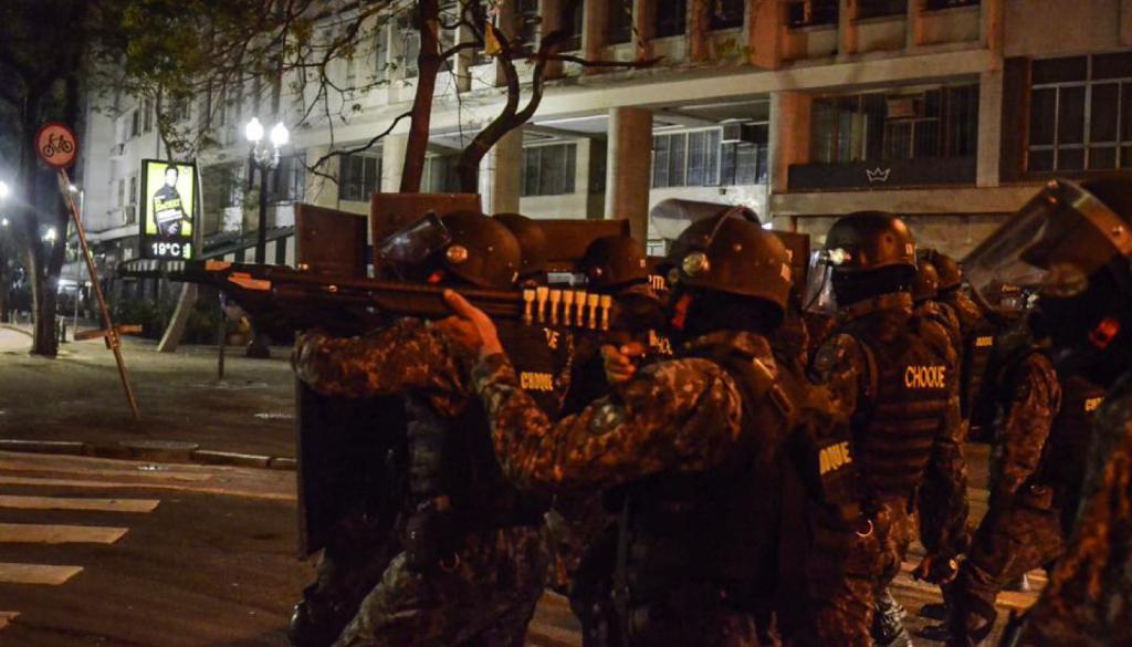 policia-repressa%cc%83o